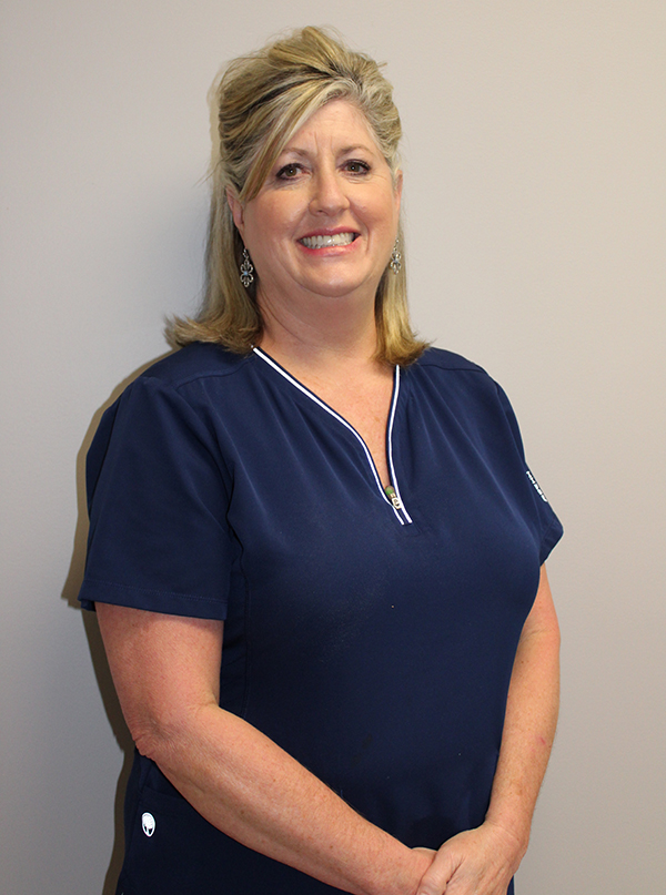 Tara, a registered dental hygienist for Imperial Dental Care in Hendersonville, TN
